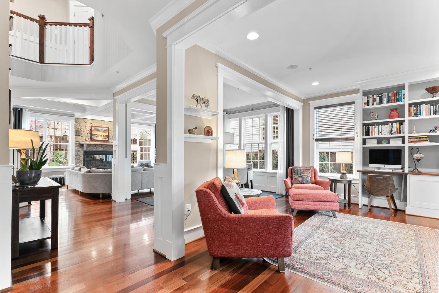 2107 Ellis St-large-012-006-Interior-1497×1000-72dpi