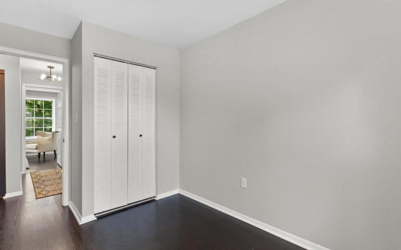 3330 B St SE-032-010-Interior-MLS_Size