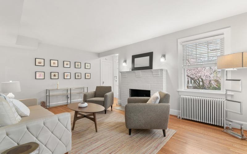 9111 Louis Ave-large-012-037-Interior-1498×1000-72dpi