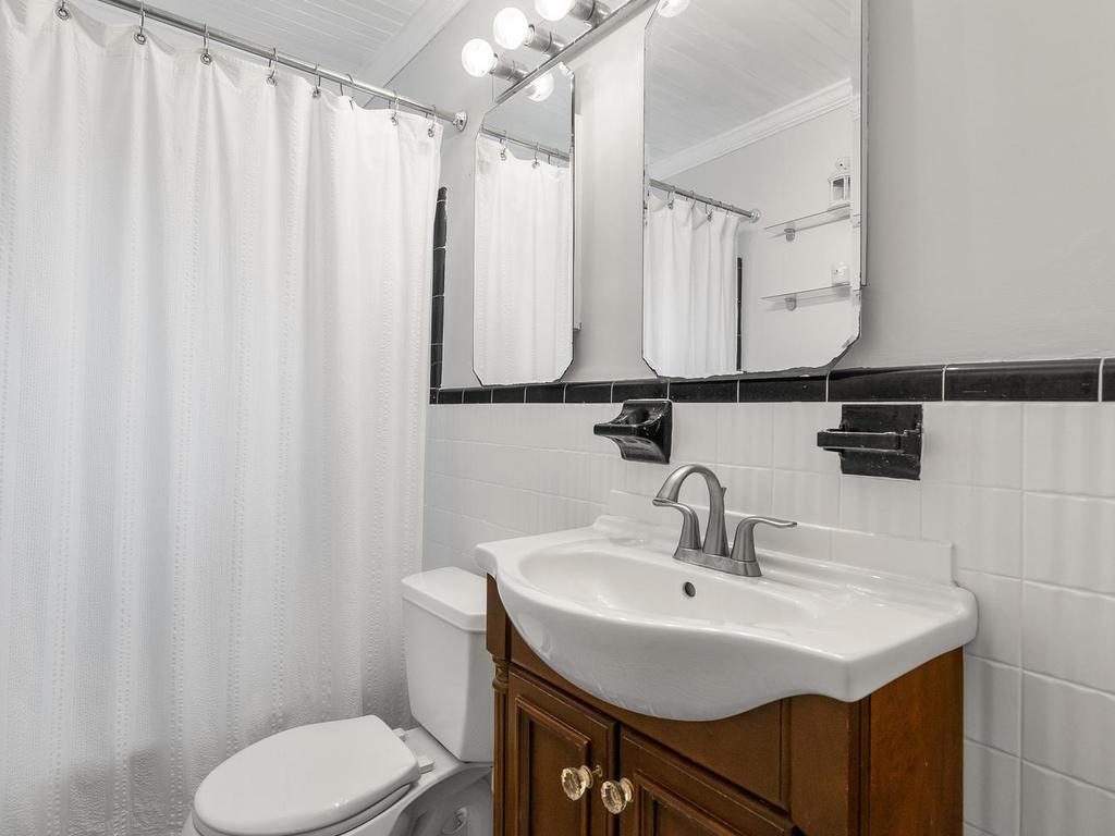 10305 Brookmoor Dr-029-002-Interior-MLS_Size