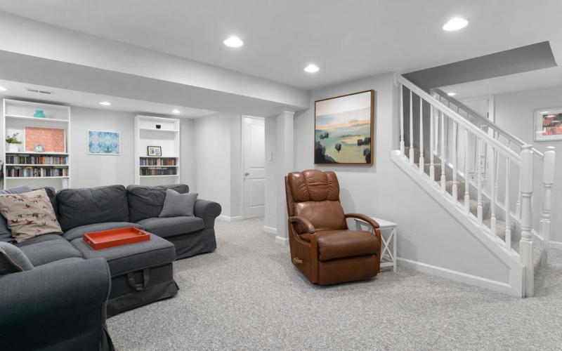 10305 Brookmoor Dr-032-004-Interior-MLS_Size