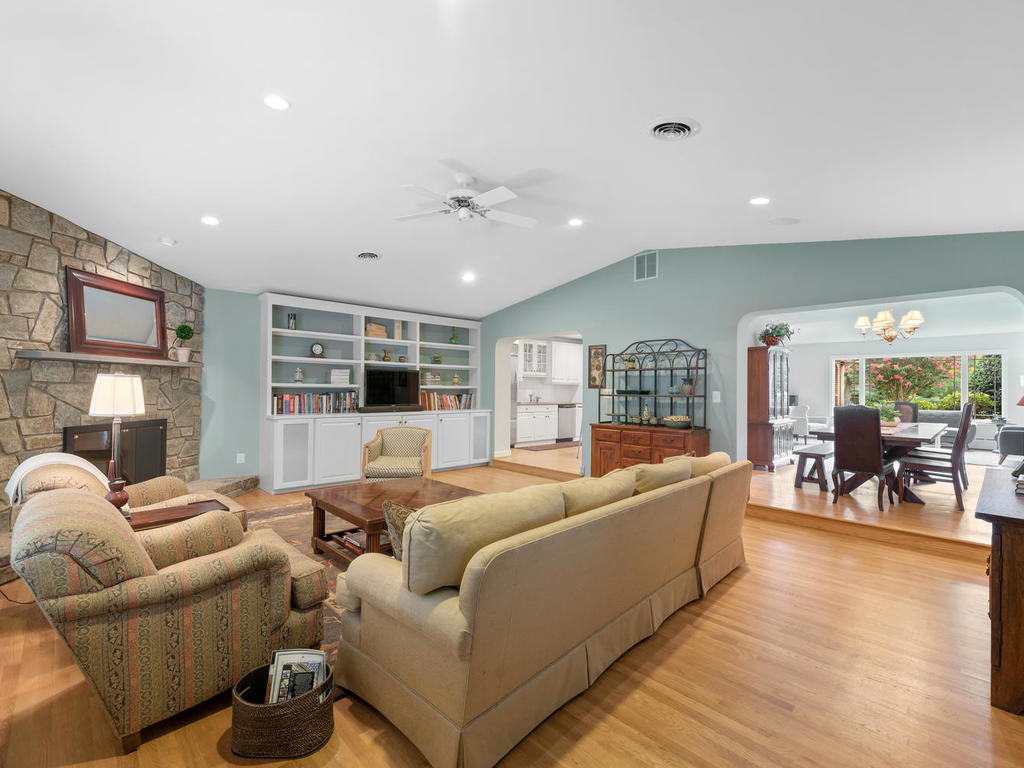 337 Vierling Dr-012-019-Interior-MLS_Size