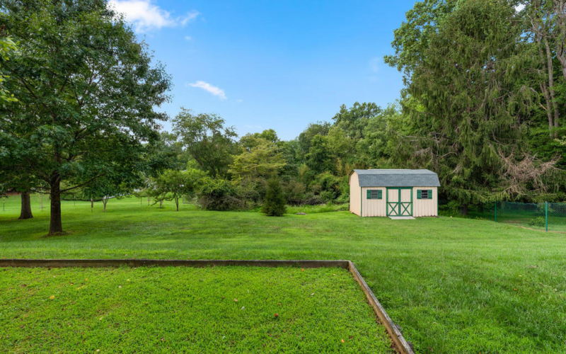 337 Vierling Dr-062-060-Exterior-MLS_Size