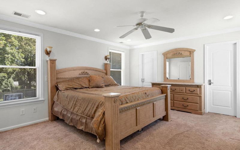 613 Ritchie Ave-030-036-Interior-MLS_Size