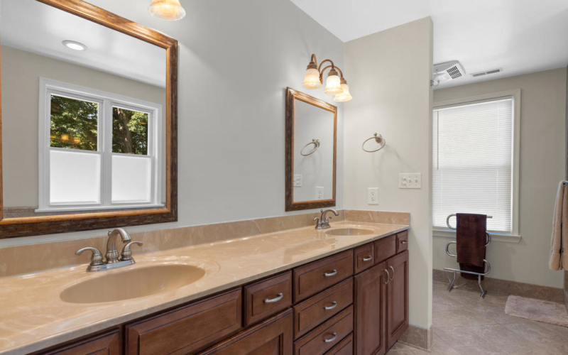 613 Ritchie Ave-033-027-Interior-MLS_Size