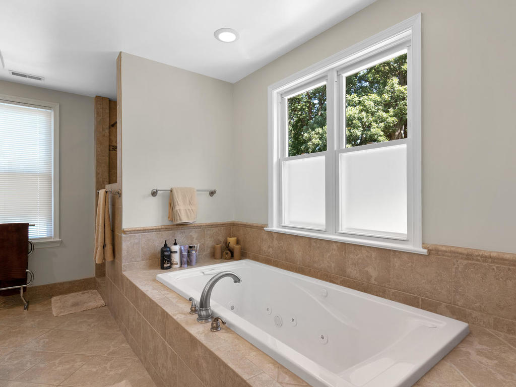 613 Ritchie Ave-034-033-Interior-MLS_Size