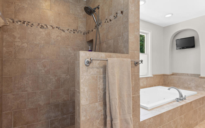613 Ritchie Ave-035-026-Interior-MLS_Size