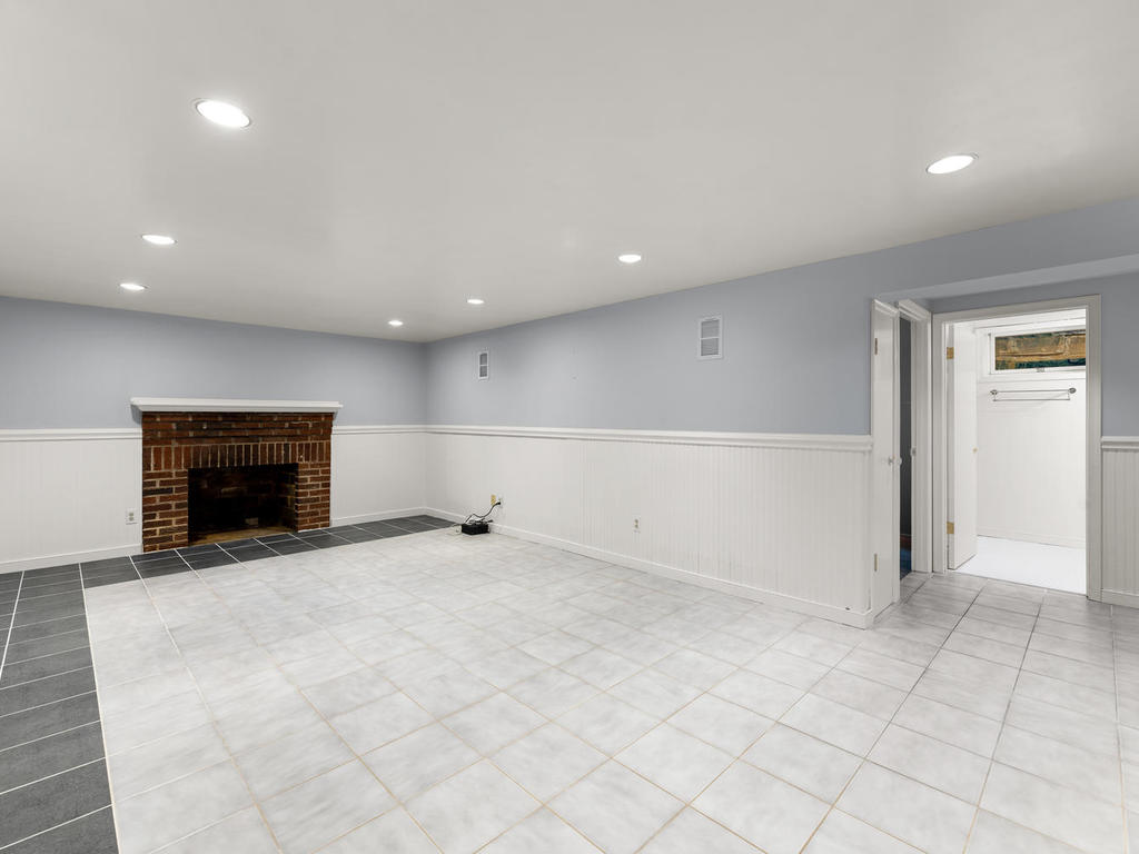 7919 Takoma Ave-035-031-Interior-MLS_Size