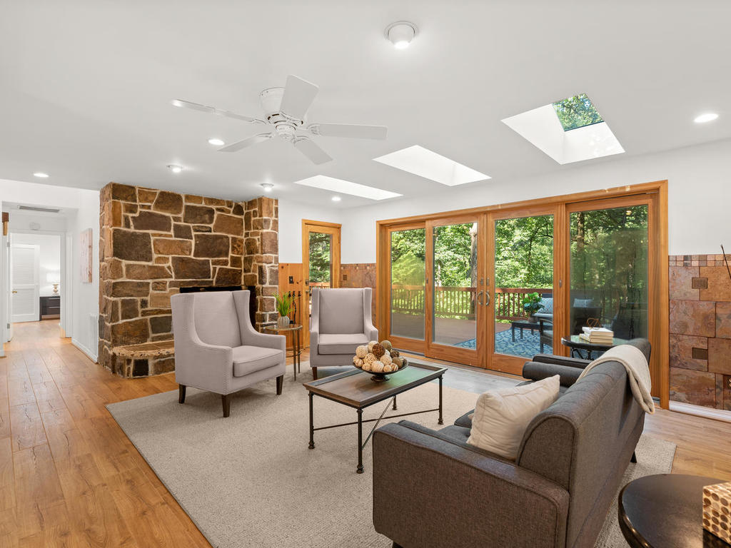 8215 Sligo Creek Pkwy-009-044-Interior-MLS_Size