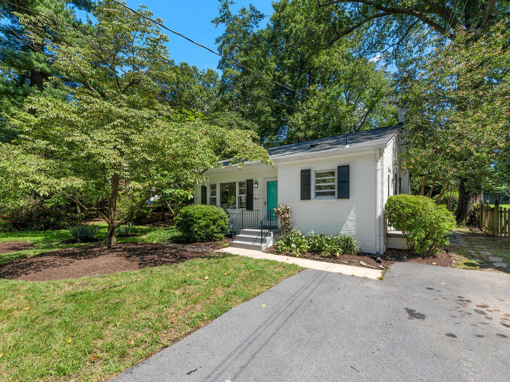 9917 Capitol View Ave-003-037-Exterior-MLS_Size