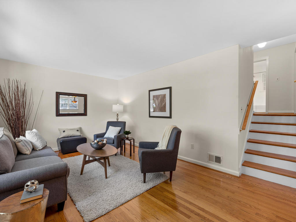 9917 Capitol View Ave-008-027-Interior-MLS_Size