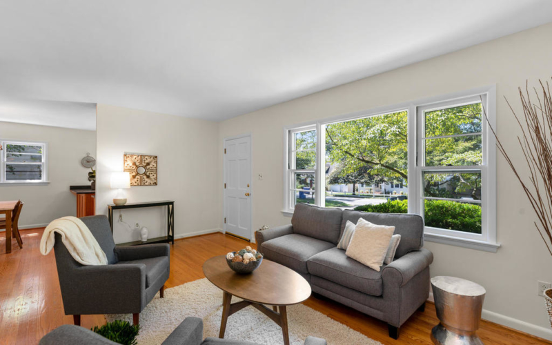 9917 Capitol View Ave-010-032-Interior-MLS_Size