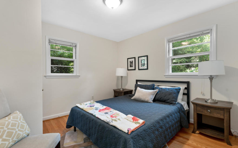 9917 Capitol View Ave-027-005-Interior-MLS_Size