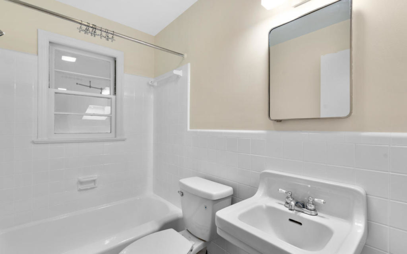 9917 Capitol View Ave-029-014-Interior-MLS_Size