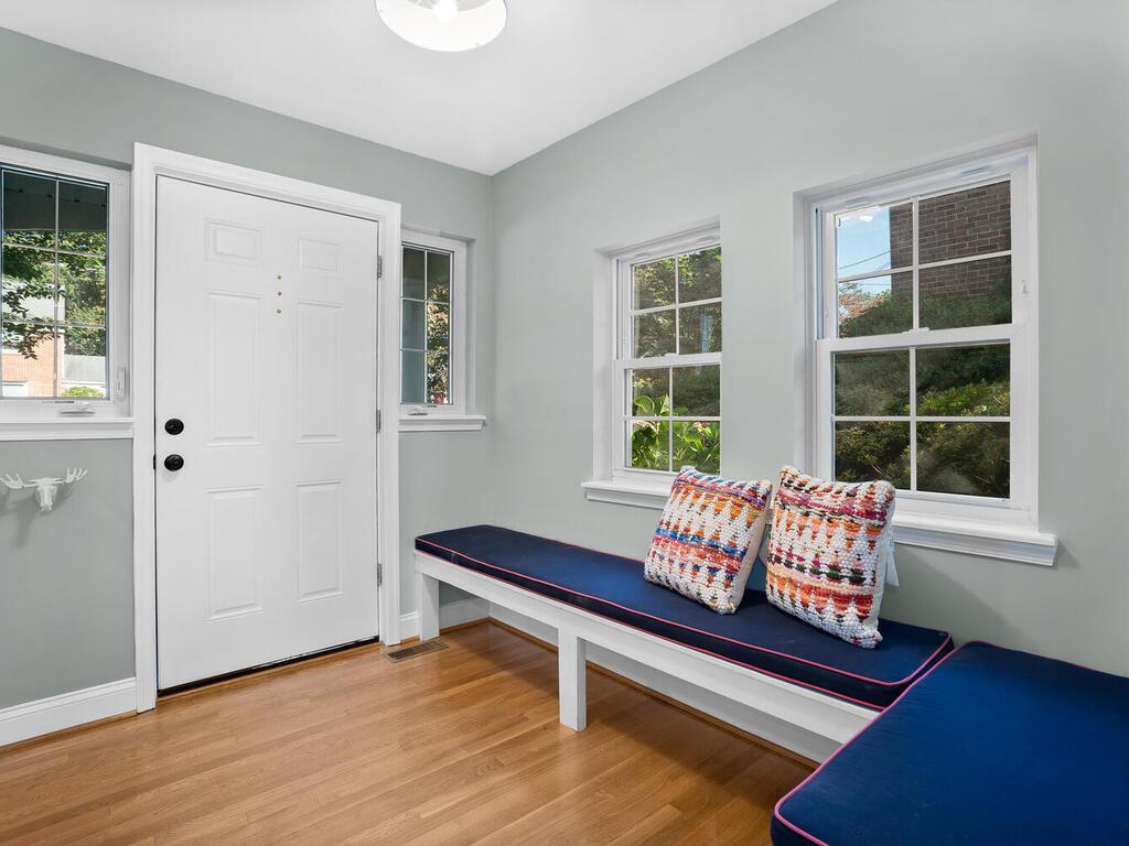 1614 S Springwood Dr-010-002-Interior-MLS_Size