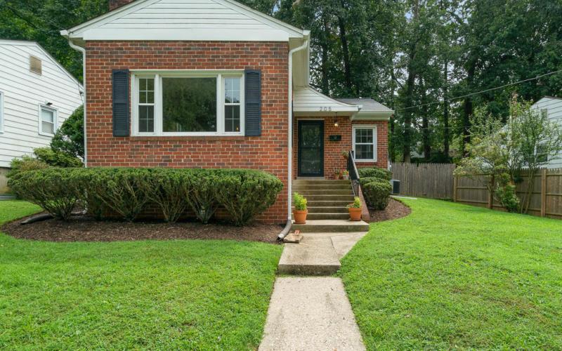 205 Whitmoor Terrace-001-002-Exterior-MLS_Size