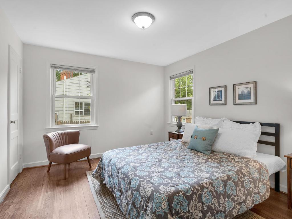 205 Whitmoor Terrace-019-030-Interior-MLS_Size