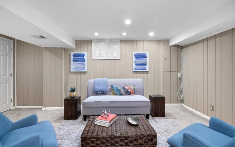 205 Whitmoor Terrace-027-033-Interior-MLS_Size