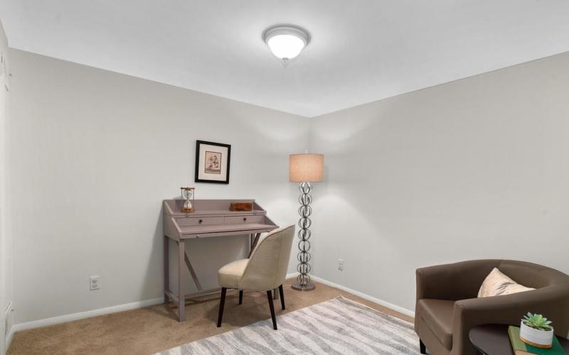 205 Whitmoor Terrace-028-029-Interior-MLS_Size