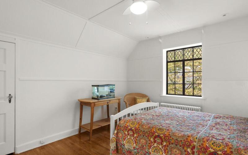 5 Hilltop Rd-027-033-Interior-MLS_Size