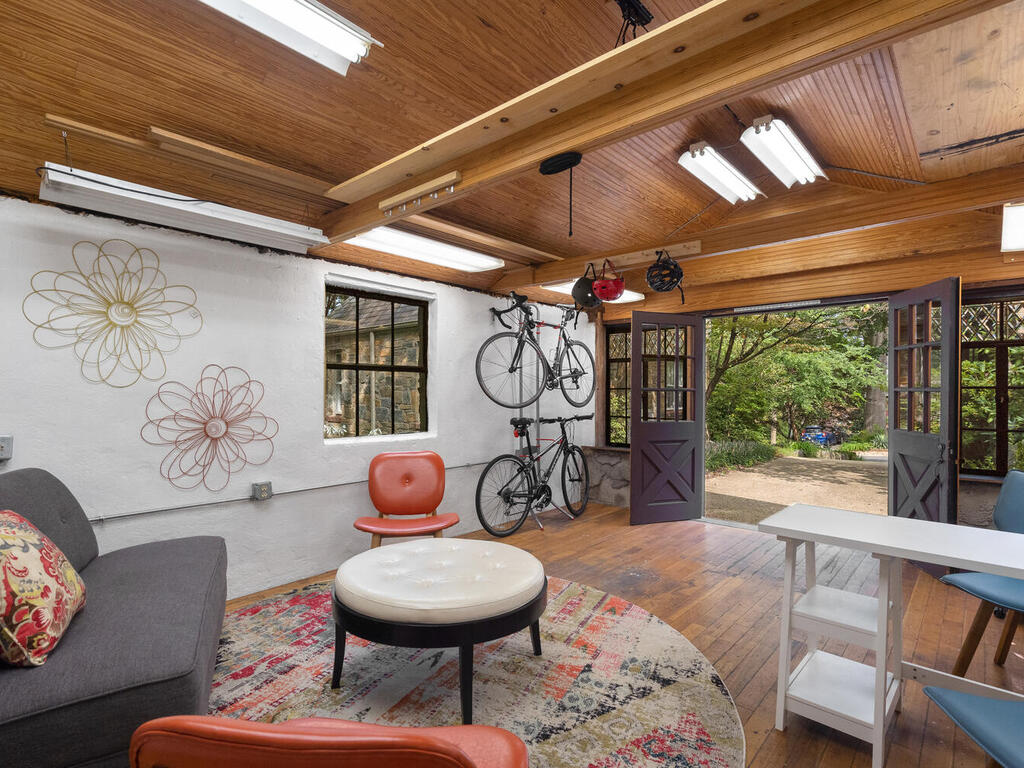 5 Hilltop Rd-031-041-Interior-MLS_Size