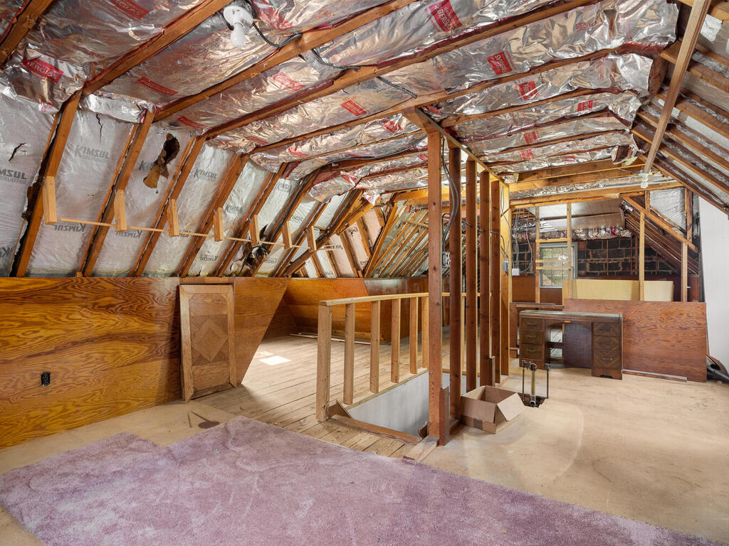 5020 38th Ave-029-027-Interior-MLS_Size