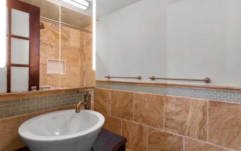 5020 38th Ave-032-004-Interior-MLS_Size