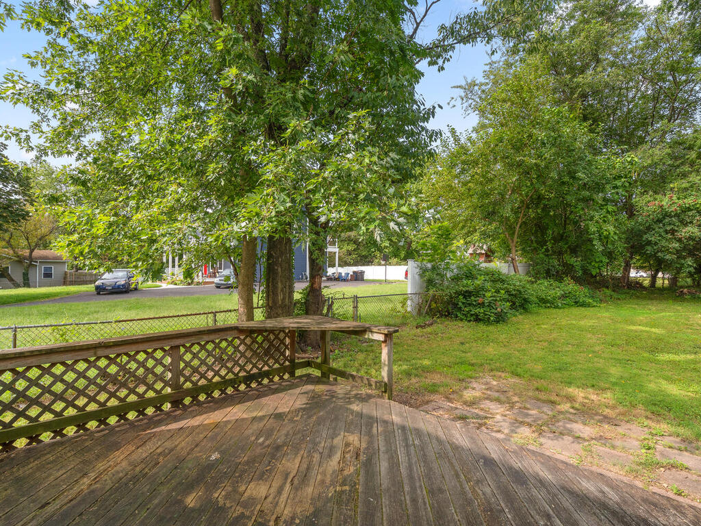 5020 38th Ave-045-035-Exterior-MLS_Size