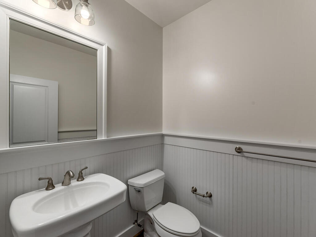 8912 Courts Way-018-042-Interior-MLS_Size