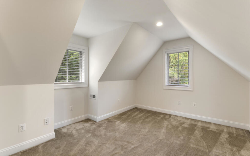 8912 Courts Way-033-004-Interior-MLS_Size