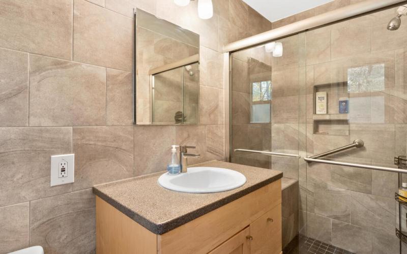 10400 Crestmoor Dr-035-013-Interior-MLS_Size