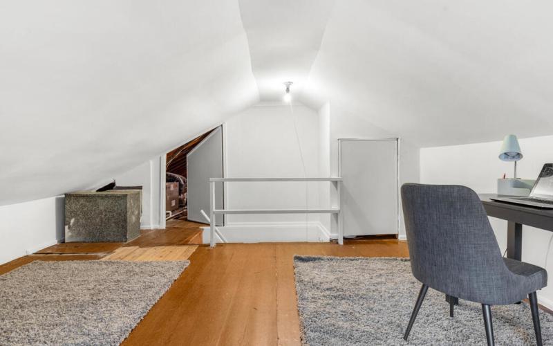 10400 Crestmoor Dr-037-017-Interior-MLS_Size
