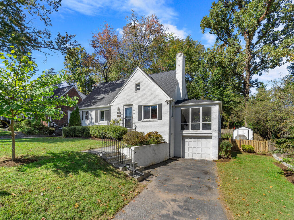 10516 Lorain Ave-003-040-Exterior-MLS_Size