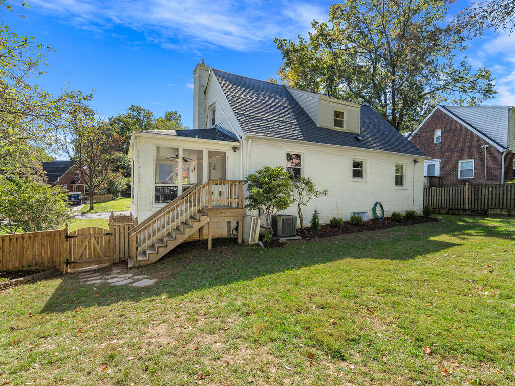 10516 Lorain Ave-038-038-Exterior-MLS_Size
