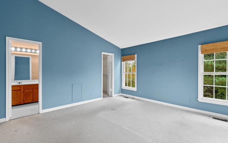 2801 Strauss Terrace-022-021-Interior-MLS_Size