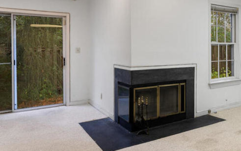 2801 Strauss Terrace-Fireplace-Crop-038-004-Interior-MLS_Size