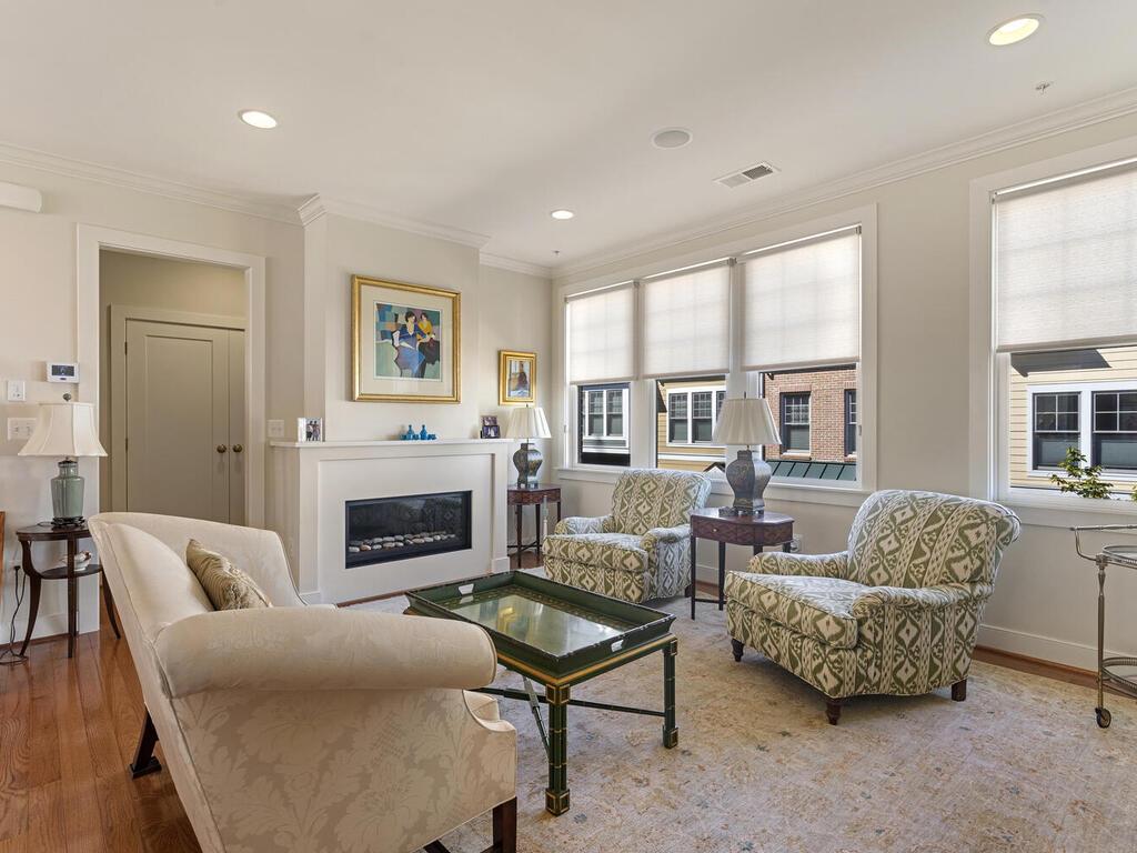 42 Ellsworth Heights St-016-021-Interior-MLS_Size