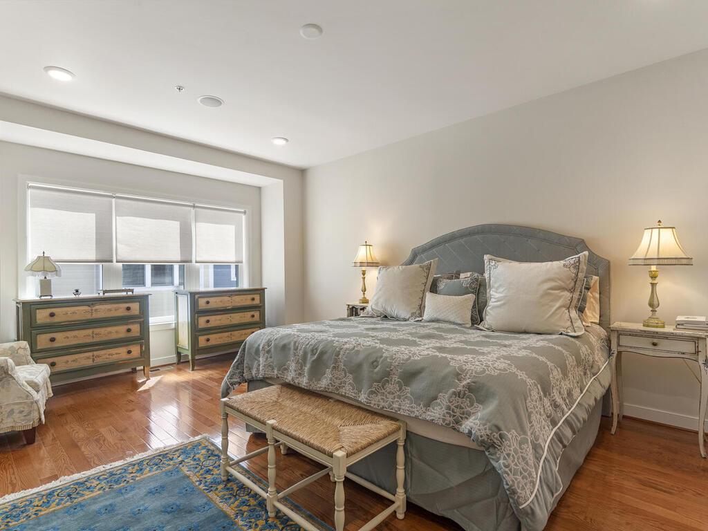 42 Ellsworth Heights St-036-034-Interior-MLS_Size