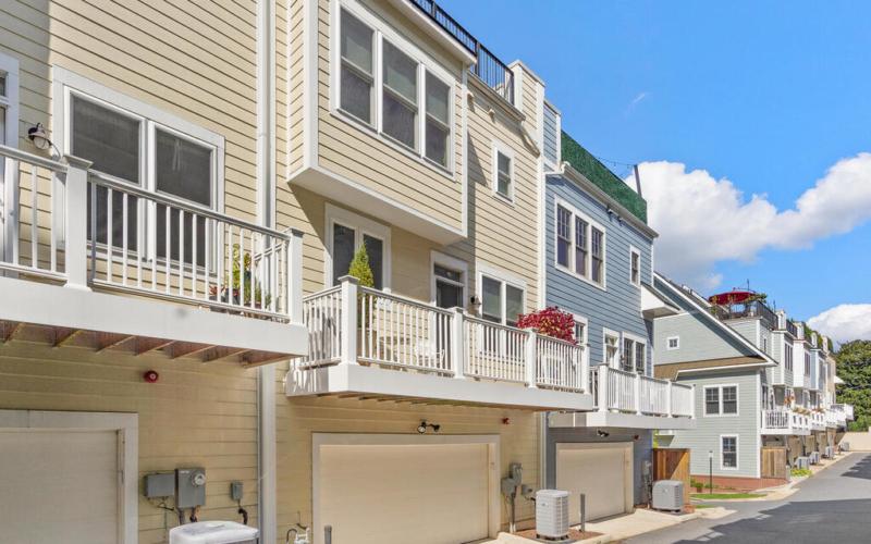 42 Ellsworth Heights St-062-002-Exterior-MLS_Size