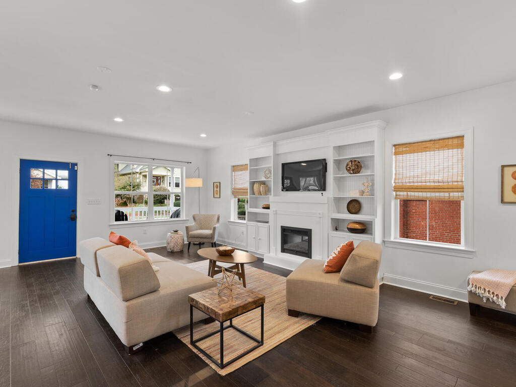 802 Easley St-008-023-Interior-MLS_Size