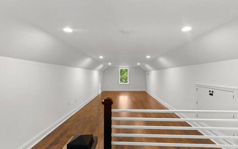 802 Easley St-042-056-Interior-MLS_Size