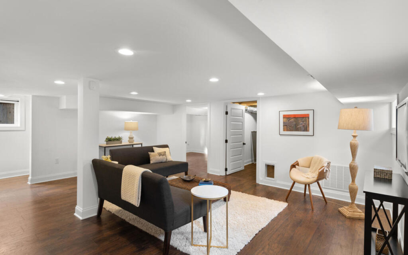 802 Easley St-051-007-Interior-MLS_Size