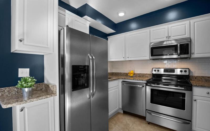 1280 Raum St NE-018-018-Interior-MLS_Size