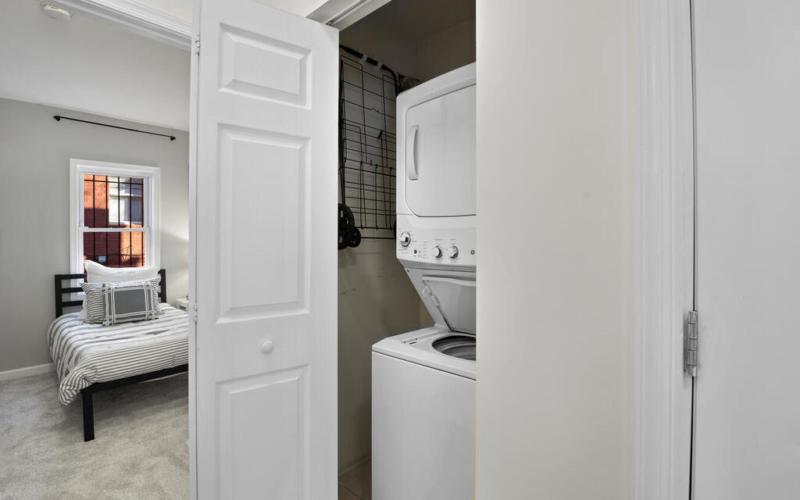 1280 Raum St NE-028-007-Interior-MLS_Size