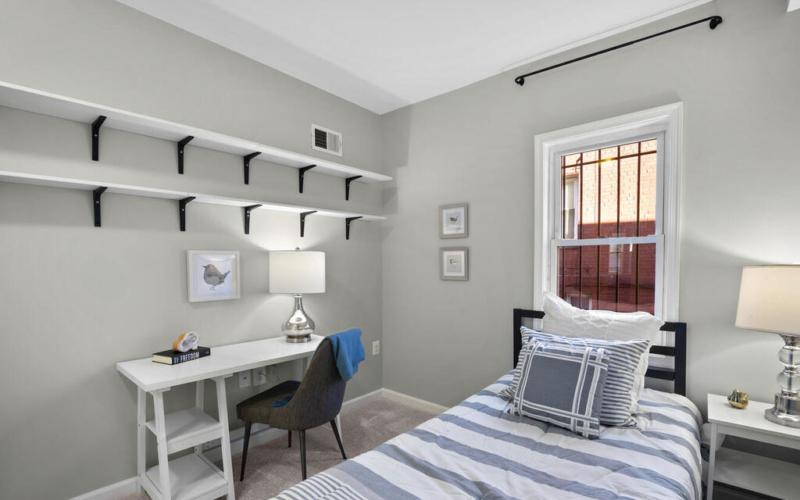 1280 Raum St NE-031-003-Interior-MLS_Size