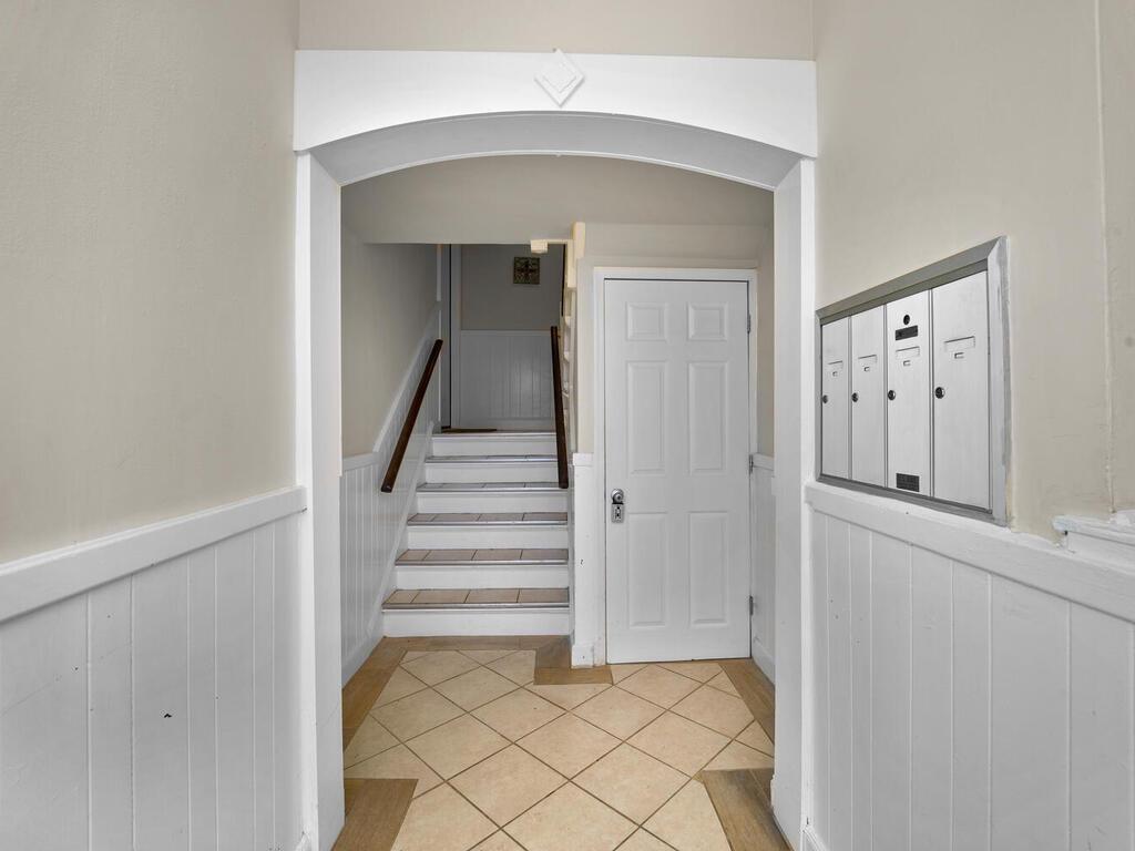 1280 Raum St NE-033-028-Interior-MLS_Size