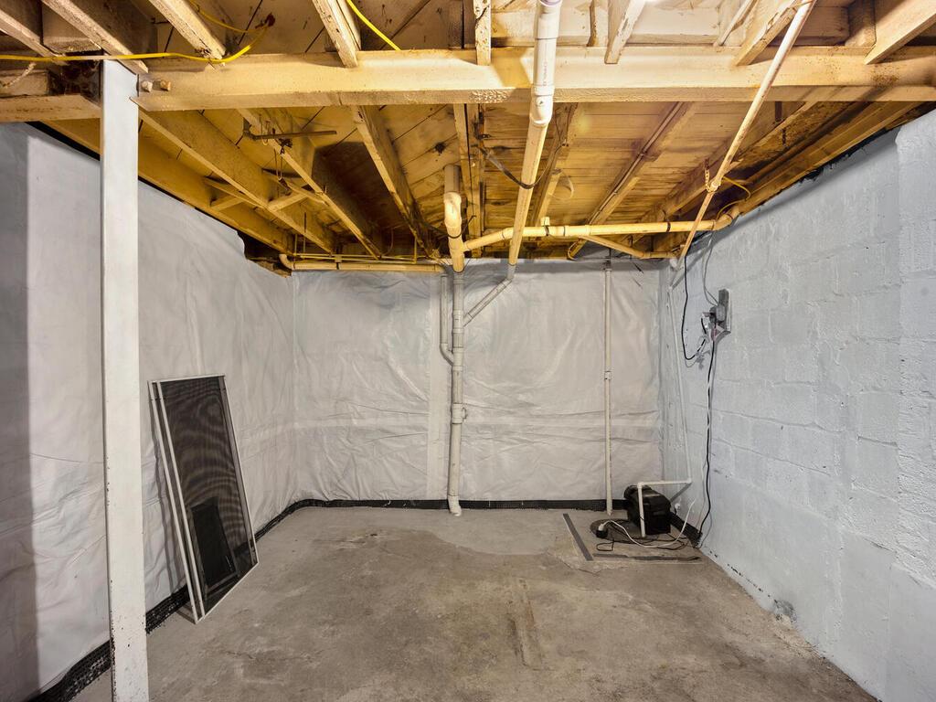 1280 Raum St NE-035-031-Interior-MLS_Size