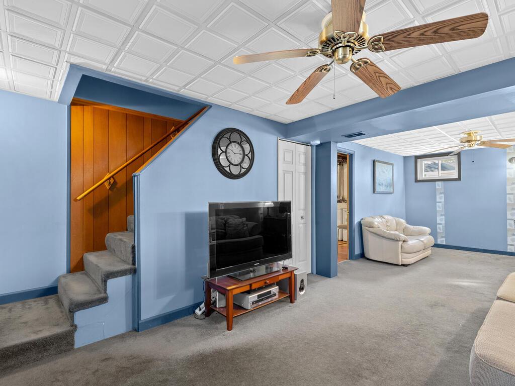 4901 Iroquois St-037-005-Interior-MLS_Size