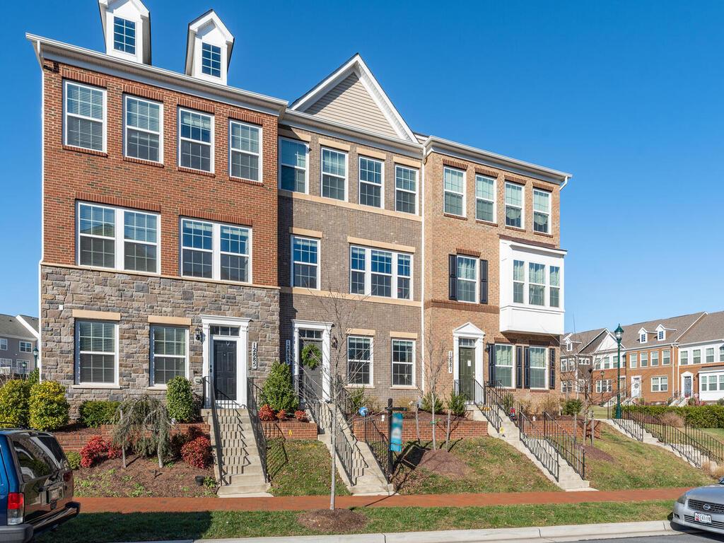 12883 Clarksburg Square Rd-004-005-Exterior-MLS_Size