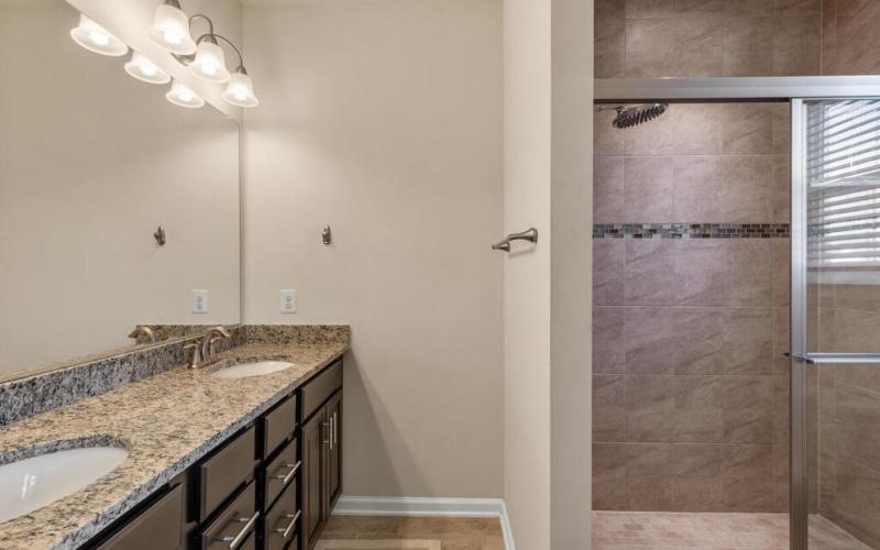 12883 Clarksburg Square Rd-028-041-Interior-MLS_Size